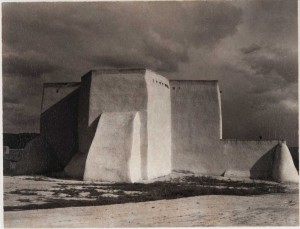 Paul Strand - Iglesia, Ranchos de Taos, Nuevo México, 1930