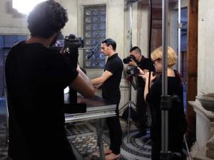 IL LINGUAGGIO DEL CORPO [Berniniana], Joan Morey, 2015. Imagen de proceso. Cámaras: Leonardo Aquilino, Libera Balzamo y Marco Mazzone.
