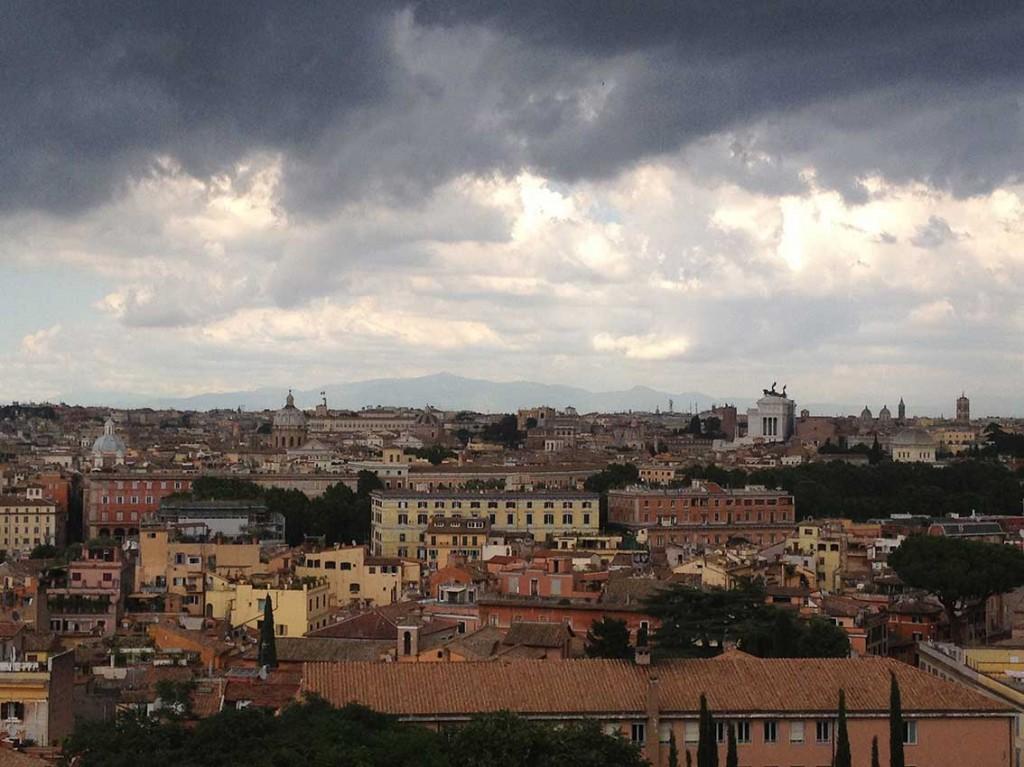 Vistas de Roma desde la RAER. iPhoto: Joan Morey